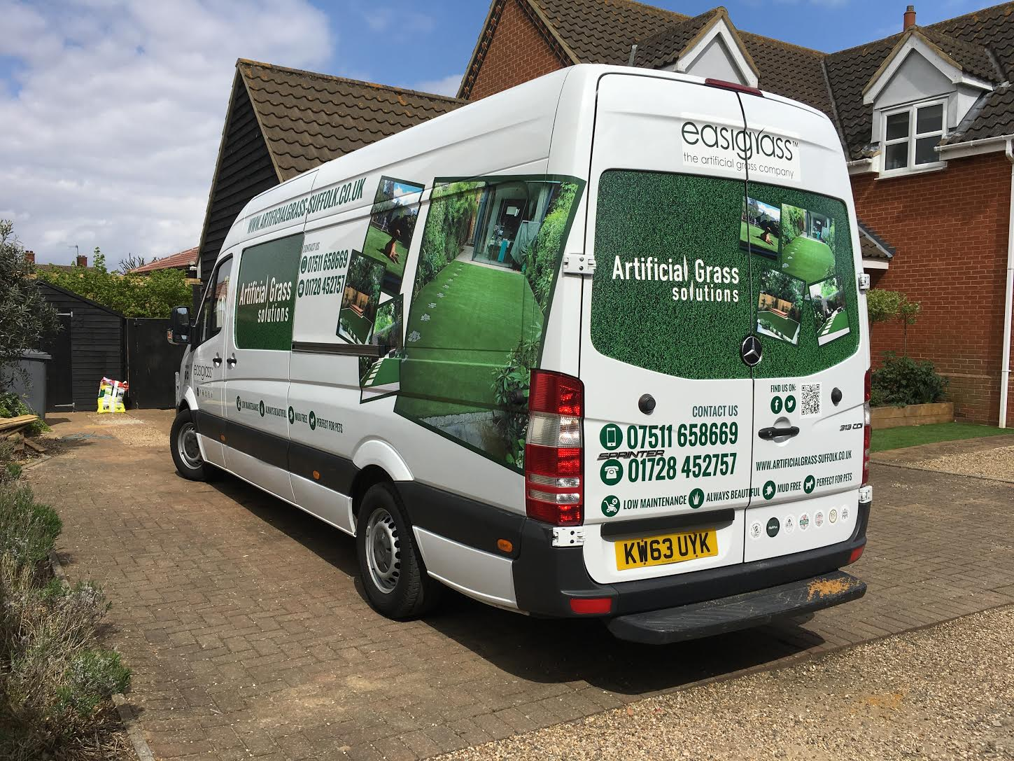 Artificial Grass Suffolk Vehicle Graphics